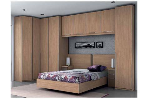 armoire murale chambre armoire chambre sur mesure idées de décoration et de