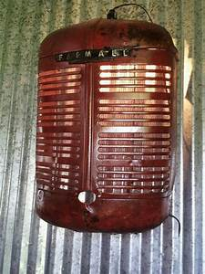 Lampen Für Garage : farmall tractor grill turned into a light man cave garage lampen pinterest f r mein ~ Sanjose-hotels-ca.com Haus und Dekorationen
