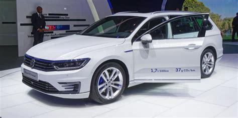 voiture electrique hybride ou hybride rechargeable