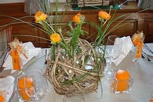 Deko Mit Gräsern : lianenkugel dekoriert mit ranunkeln und gr sern basteln und dekorieren ~ Sanjose-hotels-ca.com Haus und Dekorationen