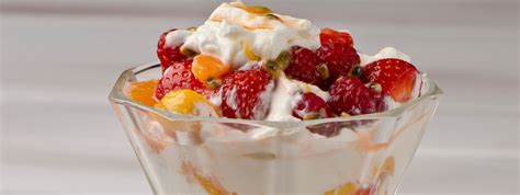 At a whopping 260 calories and nearly 10g of fat, a mars a day won't be too kind to your thighs. Exotic Fruit Sundae | FAGE Yogurt