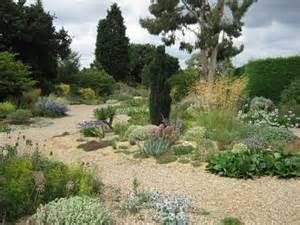 Mediterranean Gravel Garden