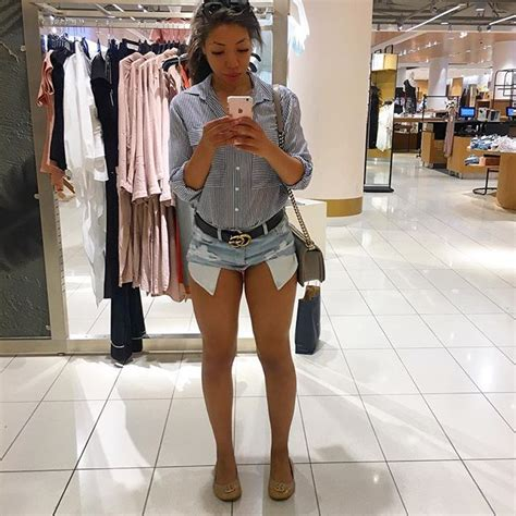 Gucci Belt Outfit - One Teaspoon Shorts - Chanel Boy Bag - Summer Outfit - Casual Outfit ...