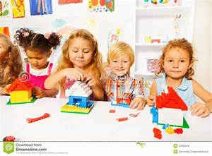 Gallery For > Kids Playing Together In Classroom