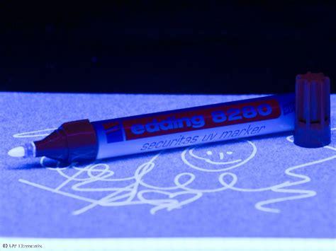 Farbe Die Im Dunkeln Leuchtet Für Aussen by Locker K 246 Rbe Leuchtfarbe Stift