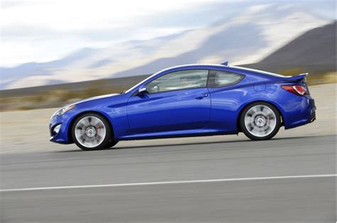 Hyundai Genesis Coupe Curb Weight by 2013 Hyundai Genesis Coupe Drive Page 3