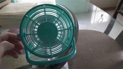 fans that run on batteries trueliving 4 inch battery powered desk fan running on