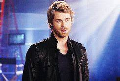 Luke Mitchell Cw GIF - Find & Share on GIPHY