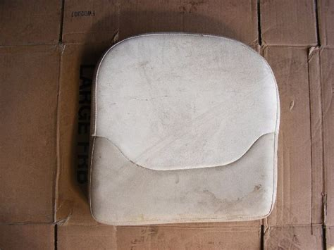 Interior Boat Chairs by Boston Whaler Seat Cushion 17 Quot X 18 Quot Chair Boat Interior