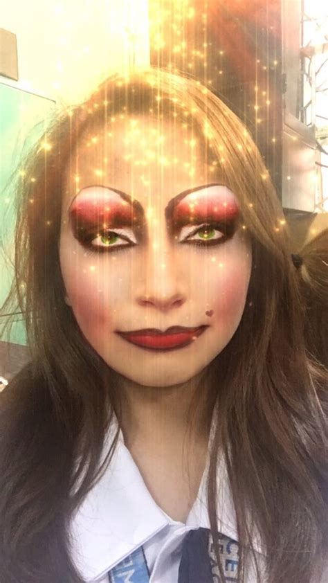 woman  created  snapchat filter irl    insane