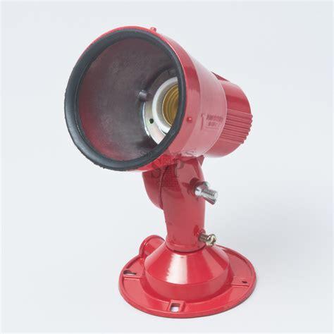 mp   outdoor spot light holder fitting red