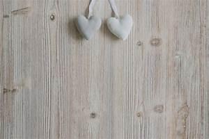 Une Corde De Bois : coeurs suspendus des cordes sur une surface en bois ~ Melissatoandfro.com Idées de Décoration