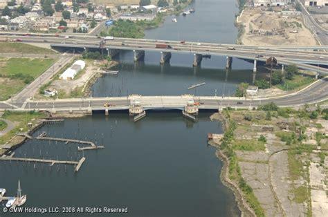Key West Boats For Sale Ct by Pequonnock River Bridge Bridgeport Connecticut United