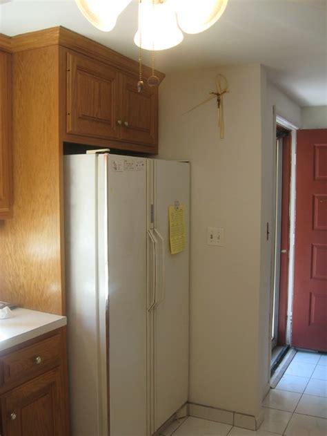 front door opens    kitchen