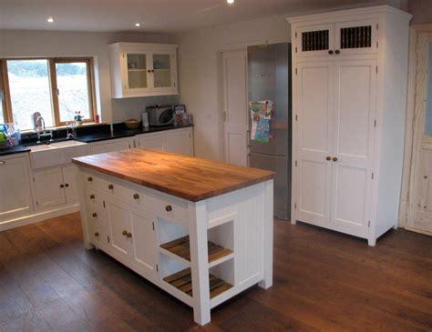 freestanding kitchen islands freestanding island for kitchen 28 images kitchen