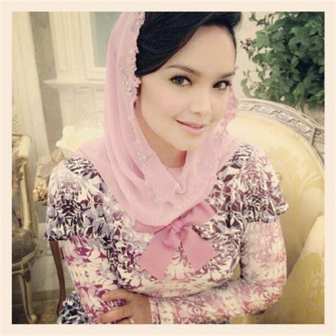 siti nurhaliza ideas  pinterest muslim dress