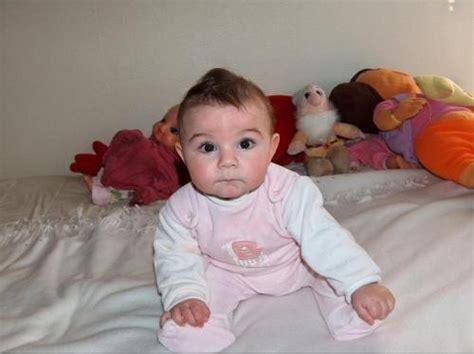 bebe 6 mois tient pas assis b 233 b 233 presque assis b 233 b 233 s de l 233 e forum grossesse b 233 b 233