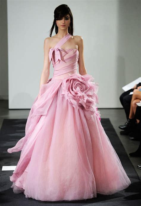 Vera Wang Fall 2014 Wedding Dresses ドレス、ウェディングドレス ピンク