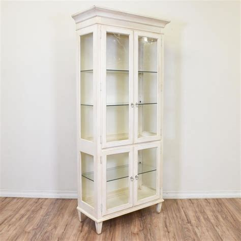 Ethan Allen White Curio Cabinet by 1000 Ideas About Painted Curio Cabinets On