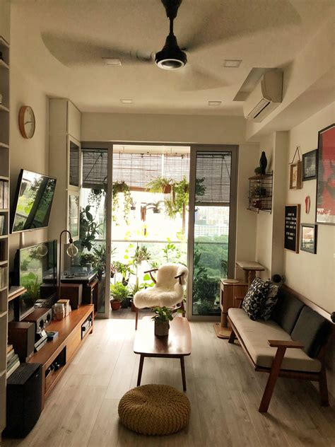 decorating of a japanese living room