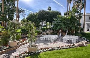 Ever after blog a wedding blog highlighting winners of for Wedding venues las vegas outdoor