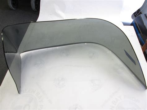 Skeeter Boats Windshield by Skeeter Boat Tinted Right Starboard Windshield 33 1
