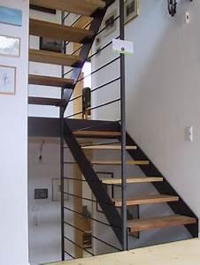 Geländer Für Treppe : treppe mit gel nderf llung aus glas und podest ~ Markanthonyermac.com Haus und Dekorationen