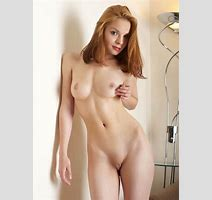 Lovely Redhead Pose Naked Exhibit Perky Tits In Sexy And Naughty Bimbosin Naked Galls Naked
