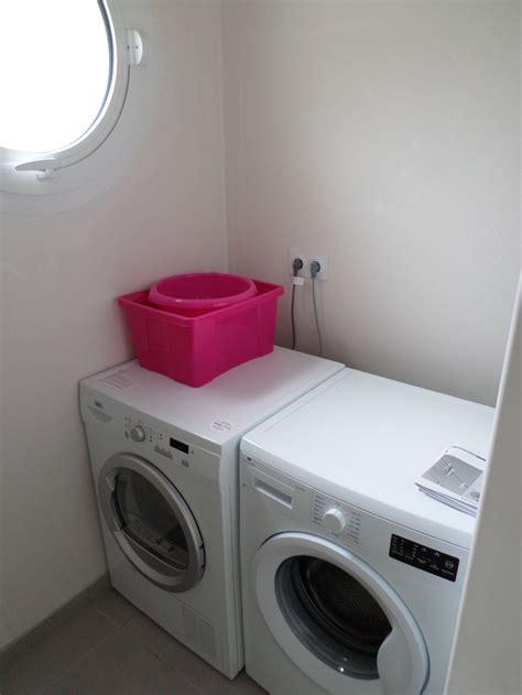 mettre seche linge sur lave linge 28 images mettre un seche linge sur une machine a laver