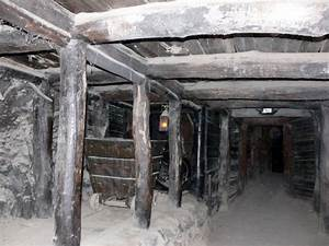 Old Mine Shaft Free Stock Photo - Public Domain Pictures
