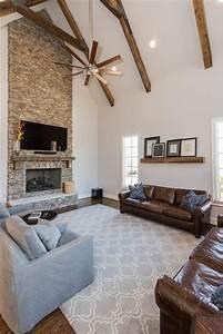 Fixer Upper Möbel : vestavia fixer upper minimalistisch wohnzimmer birmingham von drake homes llc ~ Markanthonyermac.com Haus und Dekorationen