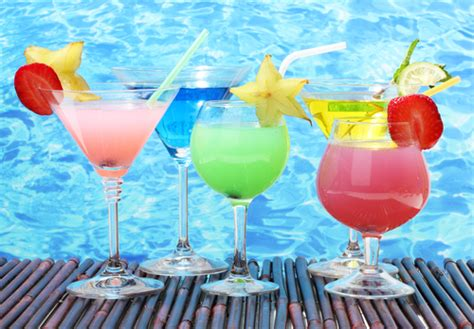How To Host A Killer Pool Party