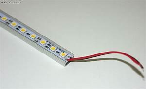 Reglette Led Sans Fil : eclairage reglette leds 25cm 20w ~ Edinachiropracticcenter.com Idées de Décoration