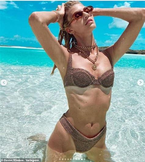 Devon Windsor wows in series of sizzling bikini throwback ...
