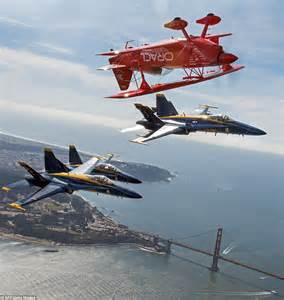 Photographs show the US Navy Blue Angels at San Francisco ...