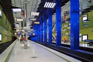 Ingo Maurer München : m nchner freiheit subway station by ingo maurer railway stations ~ Frokenaadalensverden.com Haus und Dekorationen