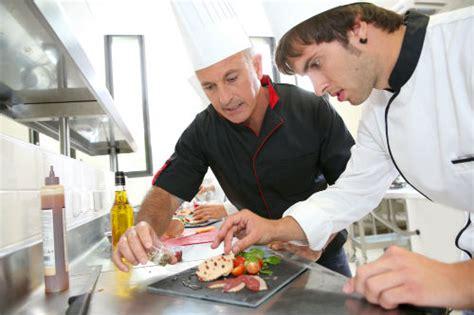 salaire apprenti cuisine devenir cuisinier salaires formation cap cuisine fiche