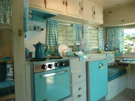cer trailer kitchen designs streamline trailer with pink appliances cer 5094