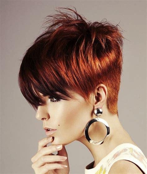 red straight coloured multi tonal short hair for women