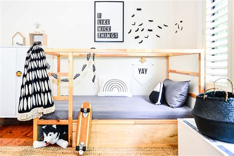 home design hacks 5 easy and stylish makeovers for the ikea kura bed 39 s