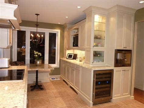 armoire en coin cuisine cuisiniste designer design interieur decoratrice montreal