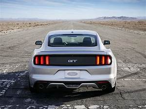 Ford Mustang VI 2.3 EcoBoost (317 Hp)