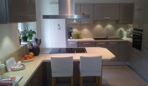 cuisine bois gris clair cuisine aménagée réalisations mulhouse