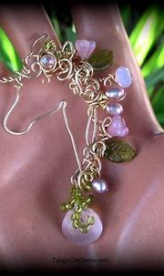 Pink Unicorn   Pink chalcedony, pink pearls ,pink crystals ...