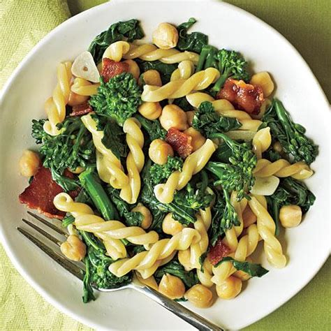 Healthy Pantry Recipes Gemelli With Broccoli Rabe Bacon And Chickpeas 5