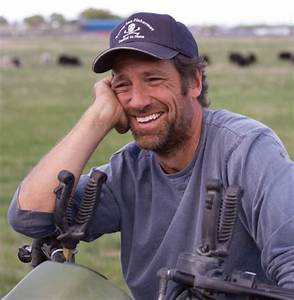 """""""Dirty Jobs"""" host Mike Rowe responds to attacks for ..."""