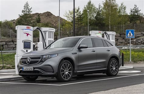 It is the first member of the fully electric mercedes eq family, a range that will expand to include 10 new models by 2022. Autotest - Mercedes-Benz EQC 400 4Matic (2019) - ZERauto.nl