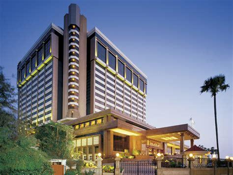 5 Star Luxury Hotel In Mumbai  Taj Lands End, Mumbai