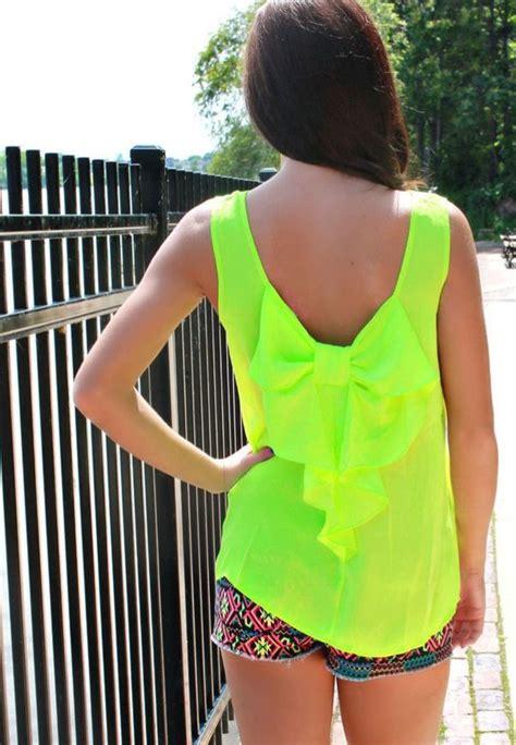 Fashion Trend Neon Colors! - Style Motivation