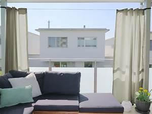 Sichtschutz Für Balkon : outdoor vorhang in beige als sichtschutz f r den balkon ~ Frokenaadalensverden.com Haus und Dekorationen
